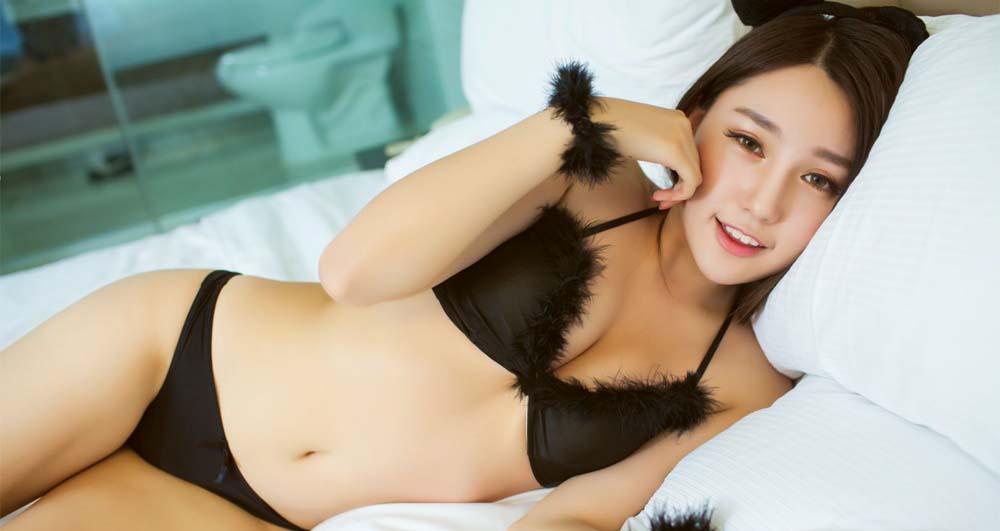 Best Asian Cam Girls - Hottest Asian Webcam Models